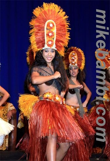 tahitian dance troupe